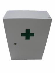 Lékárnička nástěnná dřevěná bílá do 30 osob